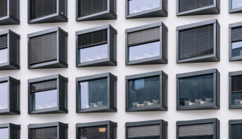 Louer des appartements que vous n'avez vu qu'en photo nous semble incongru dans le contexte actuel.